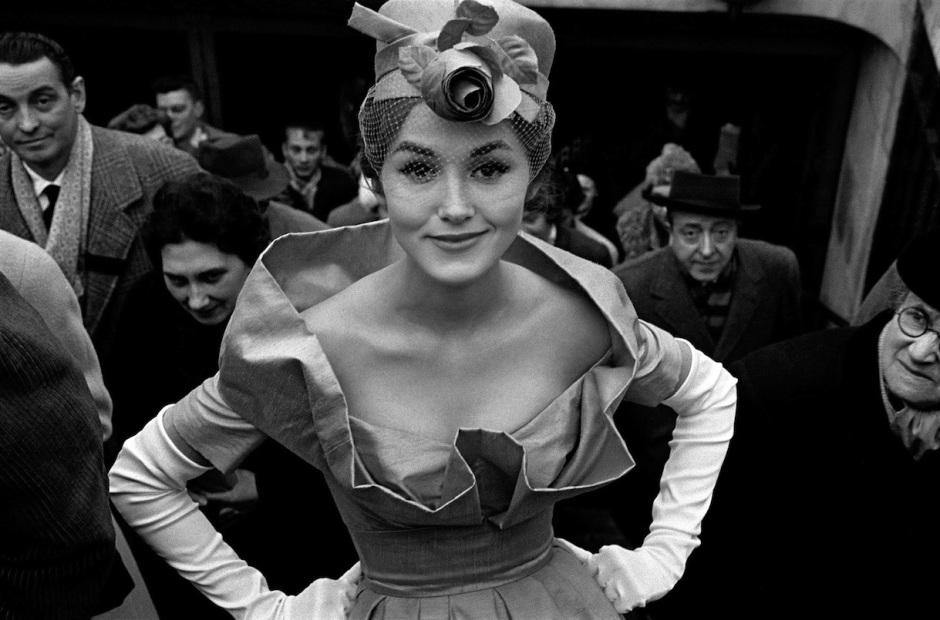 1959-Monique-Dutto-uscita-metrò