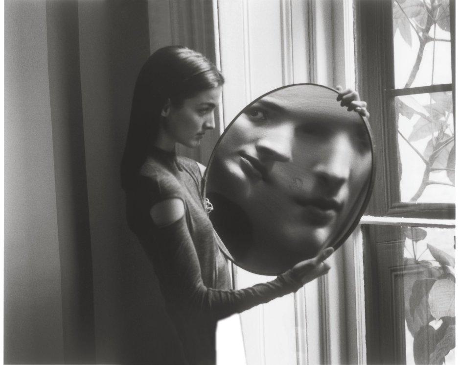 Duane+Michals,+Heisenberg's+Magic+Mirror+of+Uncertainity,+1998,+1998